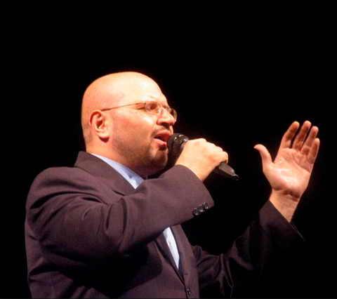 دانلود آهنگ شیشه و سنگ محمد حشمتی